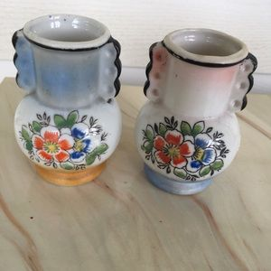 Vintage Set Of 2 Small Urn Style Japan Vases